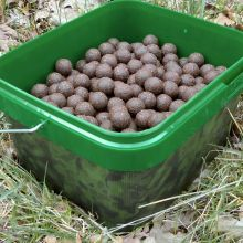 KL Angelsport Monster Crab Boilies 20 mm 3 kg Instant im Eimer